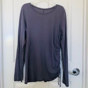 Lulu lemon T Shirt